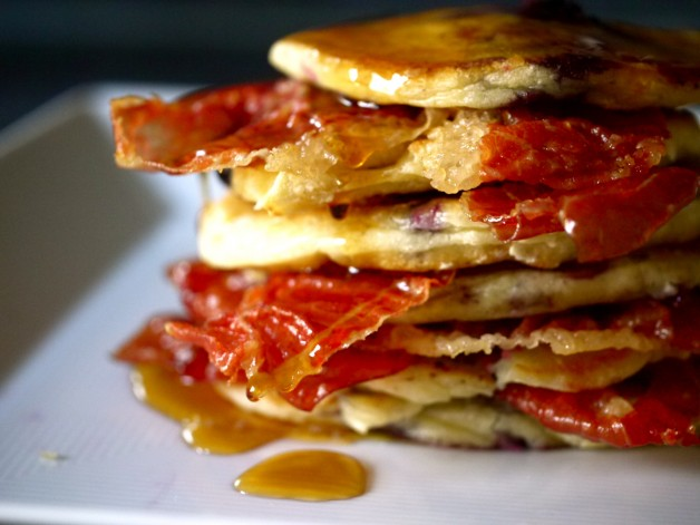 Nigella's Blueberry Pancakes with Crisp Proscuitto and Maple Syrup