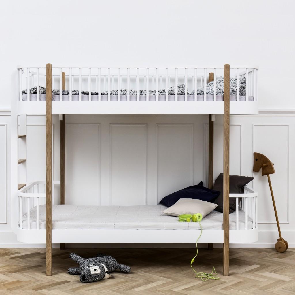 H041411_wood_bunkbed_ladder_end_oak1