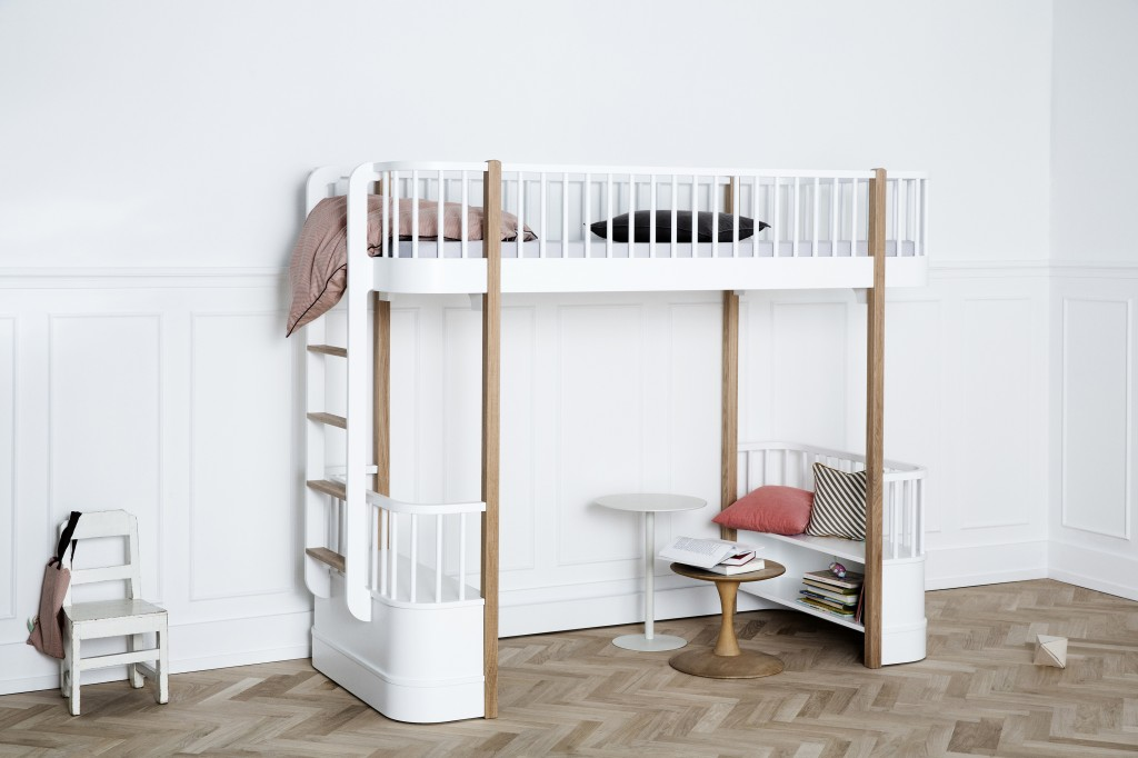 I041409_wood_loft_bed_oak_b1