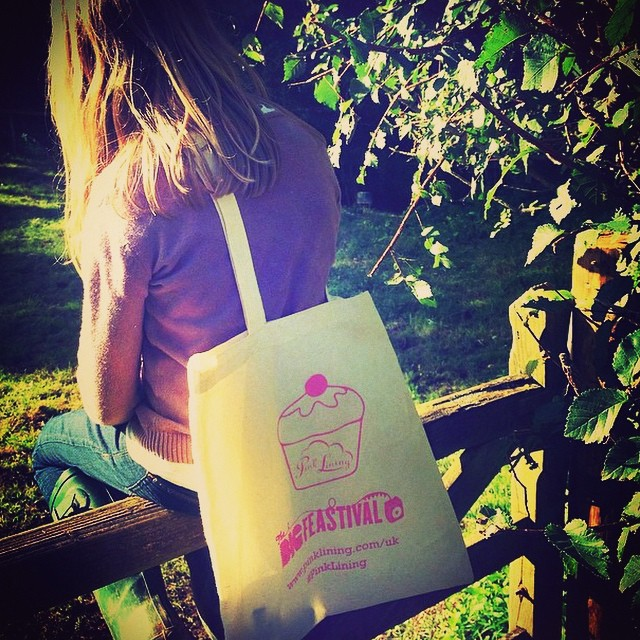 My gorgeous niece modelling the #pinklining #goodiebag @thebigfeastival they're awesome stand is at LD20 in #thelittledudesden and well worth a look. Loads of great new products. #free #goodybag while stocks last! @jamieoliver @joolsoliver @emilypragnell01 @alexgorebrowne @rosiehendo @amandacbrooks