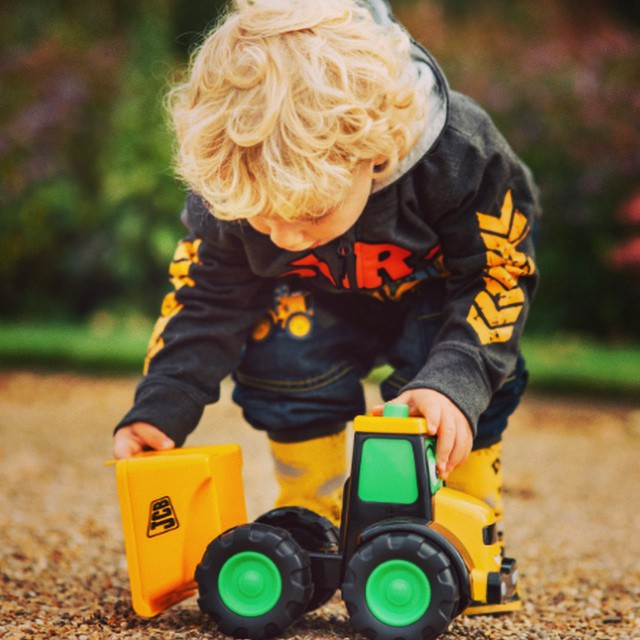 The new #jcb kids collection is out now and better than ever. You can find them at #asda and #tesco. Lots of new #toys and #rideons too.