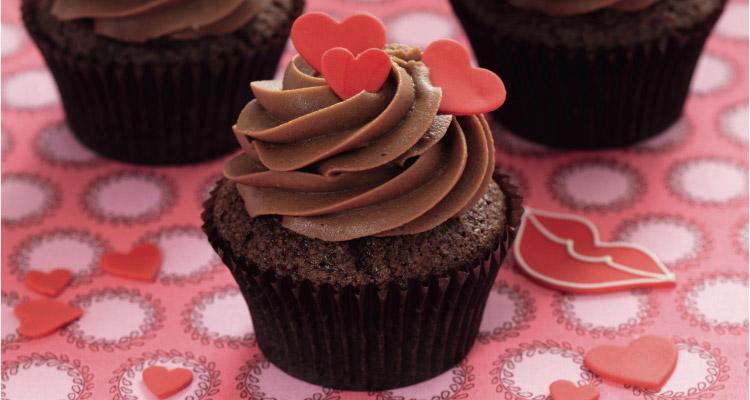 Chocolate Raspberry Heart Cupcakes For Valentine S Day