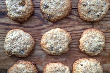 The Food Stork's Gluten & Dairy Free Almond, Hazelnut & Chocolate Cookies