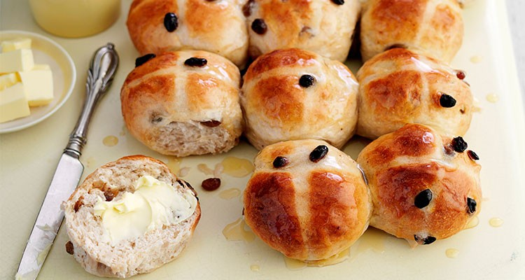 Warm Hot Cross Buns with Lashings of Butter