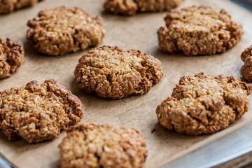 Easy Coconut Cookie Crumble