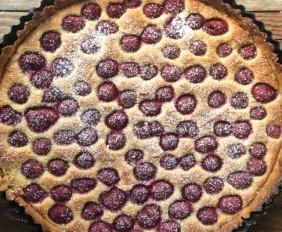 Raspberry & Vanilla Frangipane Tart for a Sunny Bank Holiday