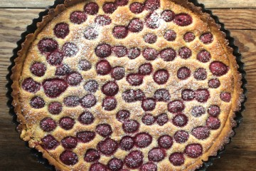 Raspberry & Vanilla Frangipane Tart for a Sunny Bank Holiday