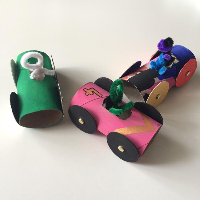loo roll race cars