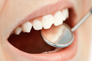 Dr John Roberts on Accidents and Children's Teeth
