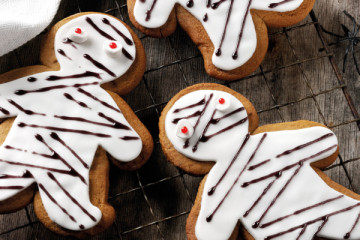 Gingerbread Halloween Biscuits