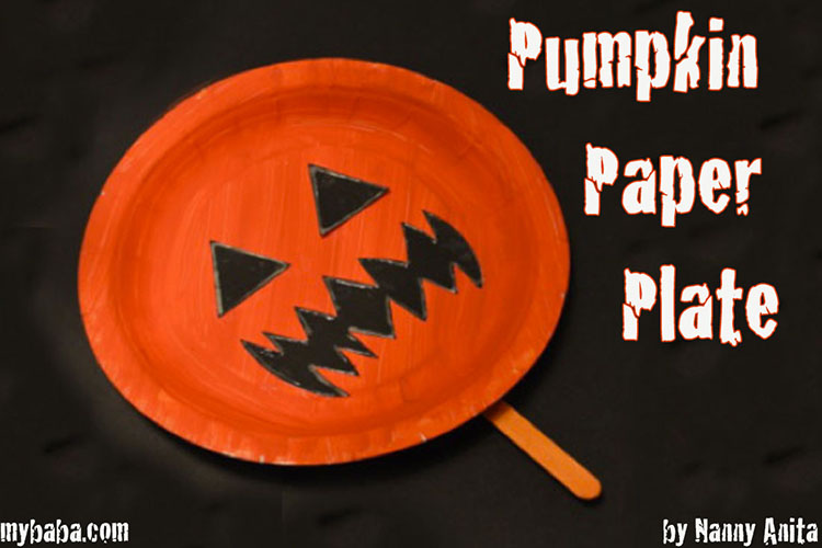 An easy Halloween craft for toddlers and pre-schoolers in this pumpkin paper plate.