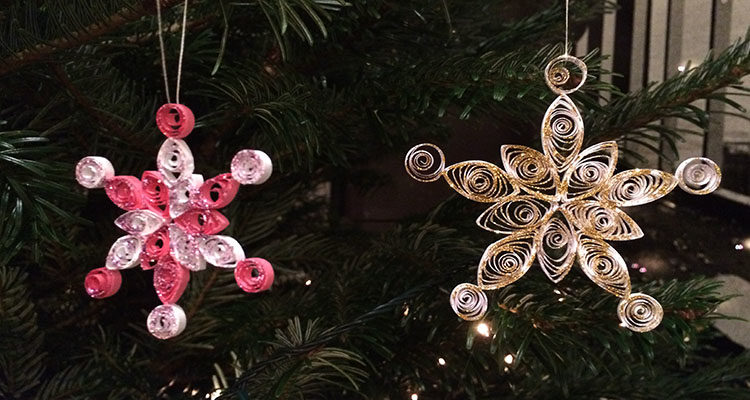 easy quilled snowflakes