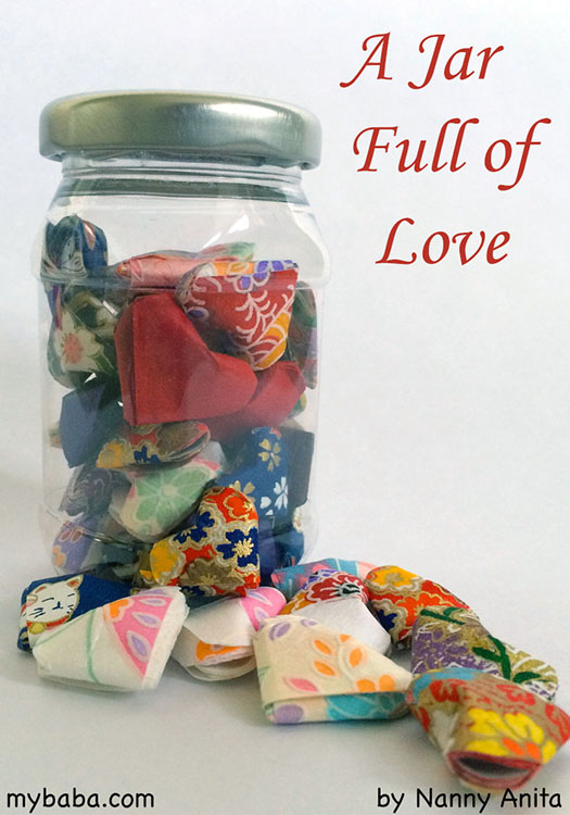 A Jar full of love - a sweet Valentine's gift made of origami hearts to remind someone how much you love them.