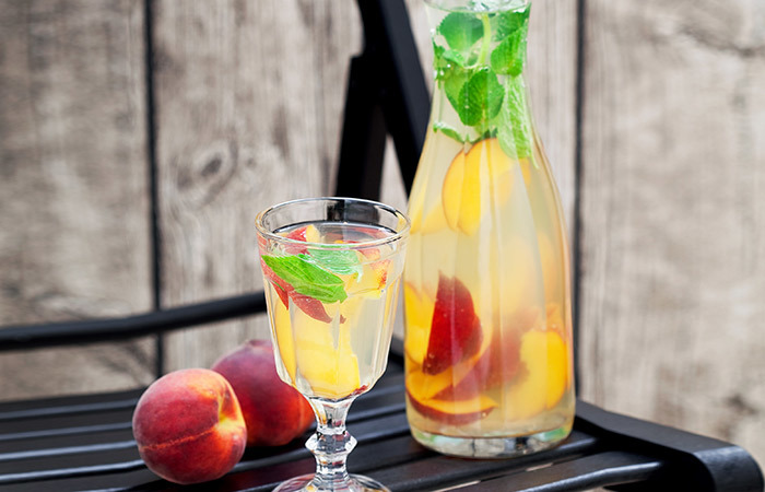 peach and mango