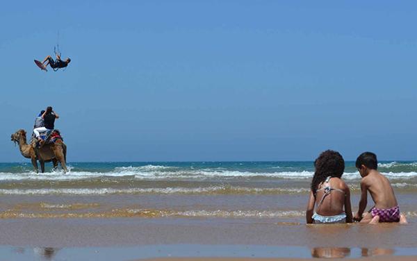 children-on-the-beach-morocco