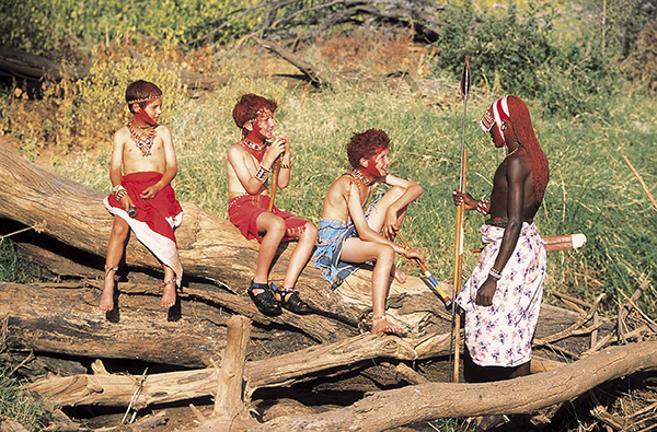 maasai-warrior-and-children-kenya
