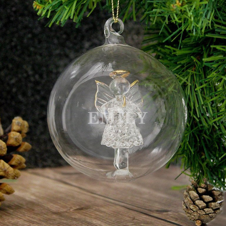Personalised Christmas Baubles Photo: Christmas Decorations You Will Want To Deck Your Halls
