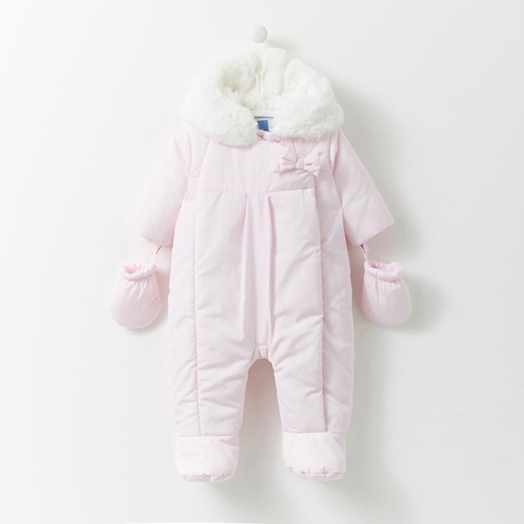 f0fb6adb0 The Cutest Winter Baby Fashion To Melt Your Heart
