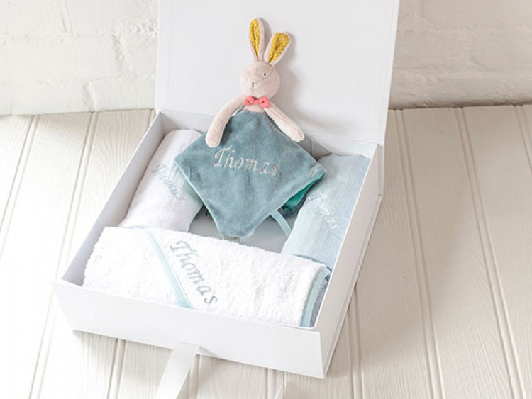 Ralph Lauren Baby Gift Box Set : Baby gift boxes make the perfect present for a new arrival