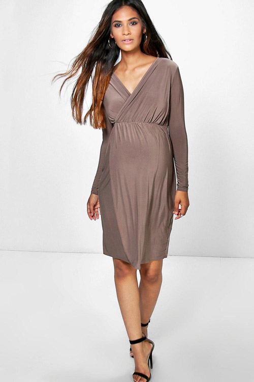 f963ba8d3b5 Maternity Tammy Slinky Wrap Long Sleeve Dress from Boohoo. Malene Birger  Short Sleeve Lace Dress from Nine in the Mirror
