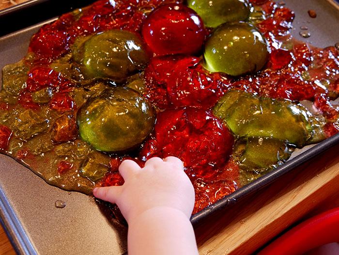jelly sensory play