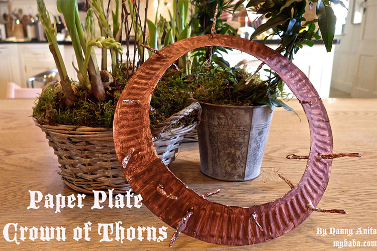 Turn a paper plate into a crown of thorns in a craft that will remind us of the real meaning behind Easter.