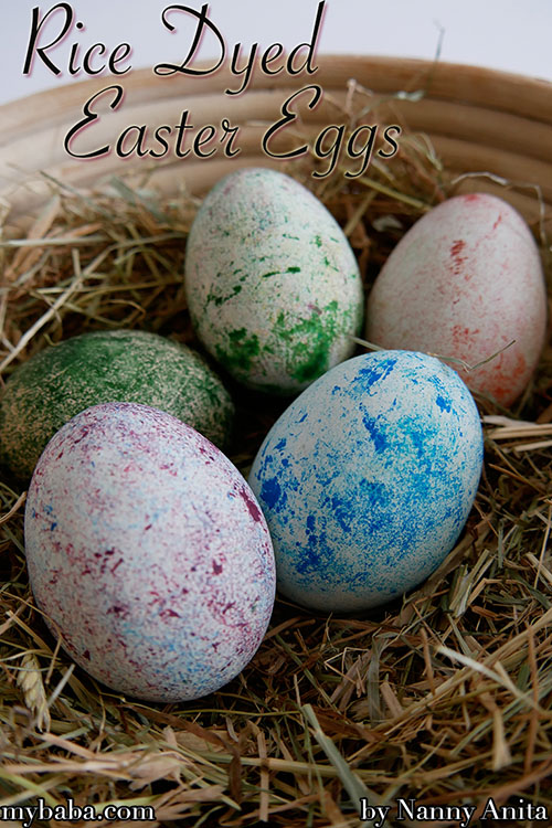 How to dye eggs using rice. Such an easy Easter craft that even a 1year old can do it.