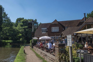 34 Family Friendly Pubs in Surrey