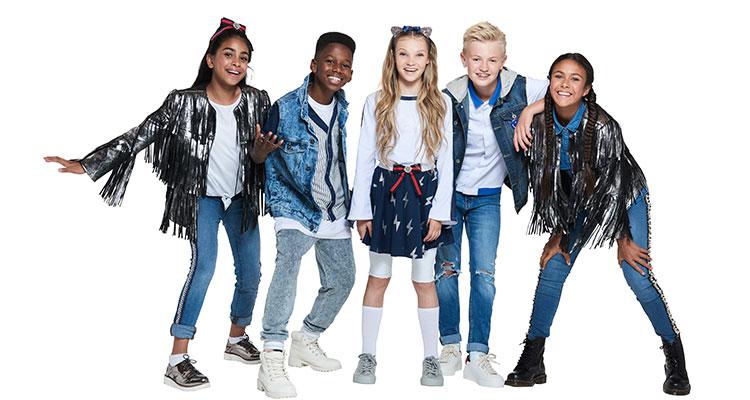 e99a03e6 KIDZ BOP 2019: THE Album for Kids This Christmas
