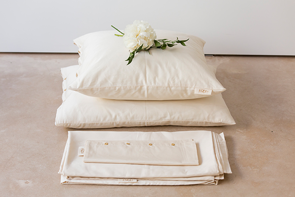 pillows and duvet set