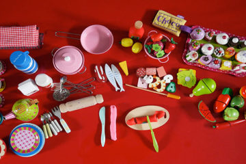 Cutting activity for toddlers