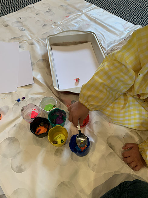 marble painted easter eggs